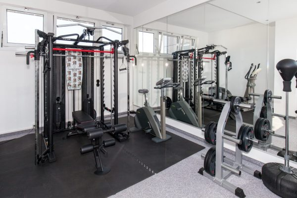 Fitness/sports room (1 cross-trainer, 1 ergometer, 1 strength building station)